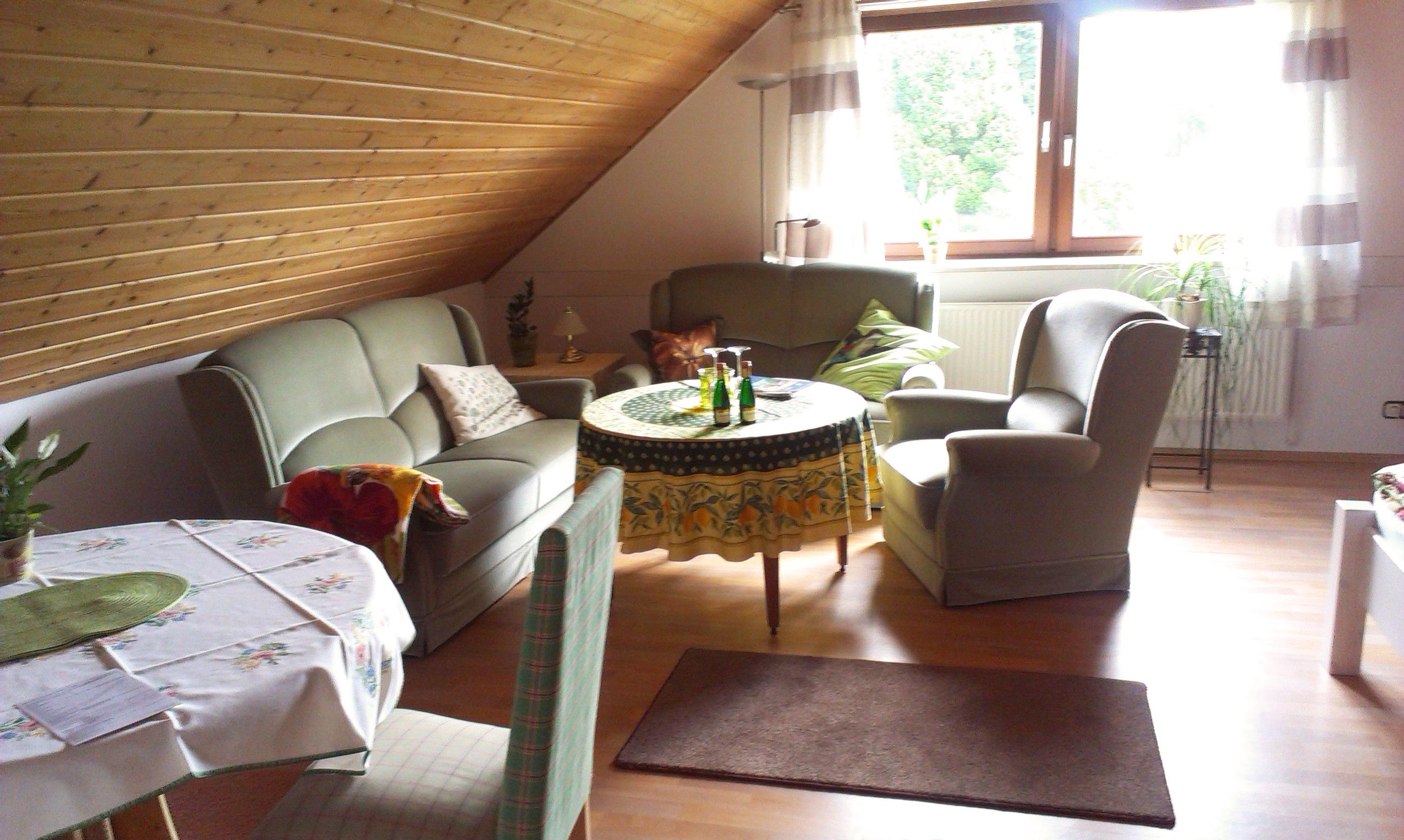 OG: Couchbereich